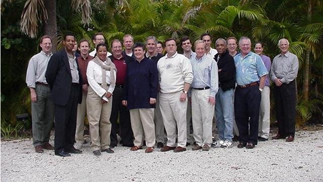 Peer-Group.jpg (640×361)